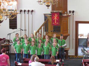Optreden Kinderkoor Give us Peace Hervormde Kerk Hollandscheveld