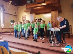 Optreden in de Gereformeerde Kerk Nieuweroord in Noordscheschut