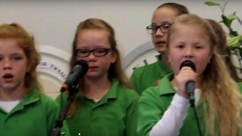 Optreden-Noordscheschut - Kinderkoor Give us Peace